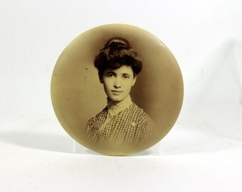 1900s Gibson Girl Wall Hanging, Round, Classic Decor Piece