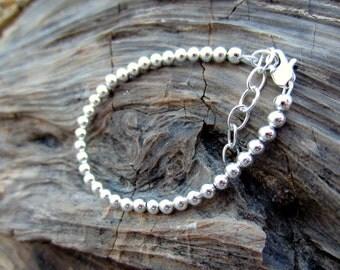 Lia baby bracelet