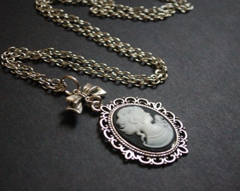 Silver tone regency lady cameo necklace