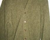 Amazing vintage 50s 60s mens green JANTZEN cardigan sweater M