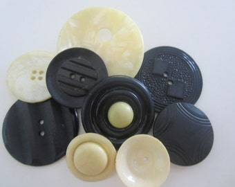 Vintage Buttons -9 wonderful novelty celluloid black and cream buttons,1940 - 1950's (mar 448)