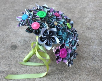 30 Stem Paper Flower Bouquet