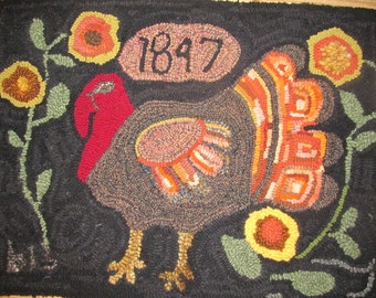 "Turkey Hand Hooked Wool Rug  Hanging Table Mat Candle Mat Hot Pad  19""x25"" FAAP"