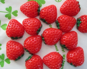 Juicy Chunky Strawberry cabochons 6pc SIZE-M 20mm x 18mm New item