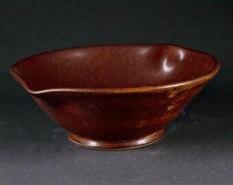 Stoneware Pouring Bowl (Katakuchi)