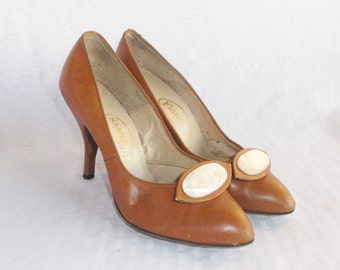 1950's Vintage Tan Leather High Heel Pumps Shoes with MOP Accents Size 6 from Abandoned Time Capsule House