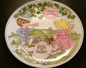 """1981 Joan Walsh Anglund Ceramic Plate - """"Happy Birthday""""  Collectible"""