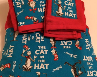 Cat in the Hat Towel Set