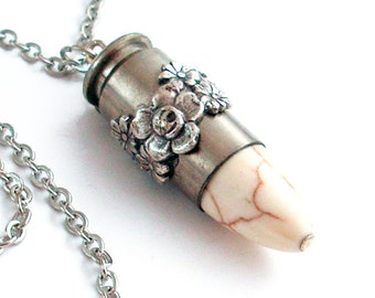 Buffalo Turquoise Bullet Necklace Jewellery Cowgirl Jewelry - Roses