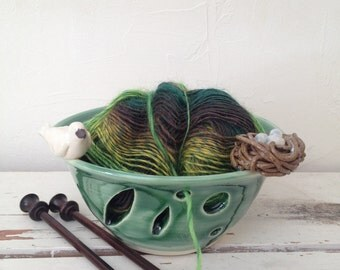 Porcelain Green Yarn Bowl with Bird and Nest of Eggs