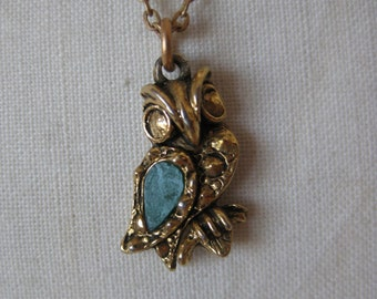 Owl Green Gold Necklace Vintage Pendant Stone Bird