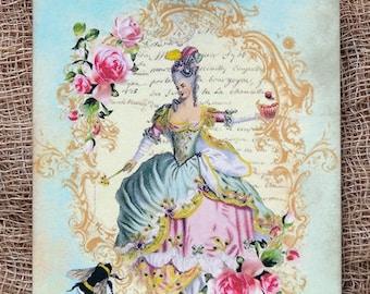 Marie Antoinette Cupcake Bee Tags #278