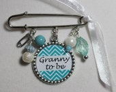 Granny to be Brooch, Grandma To Be Pin, Personalized Gift, Mommy To Be Brooch Pin Brooch, Birth Announcement