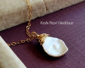 White Keshi Pearl necklace, cornflake pearl necklace, White Rose Petal Necklace, Gold fill, pearl jewelry, june birthstone, bridal jewelry