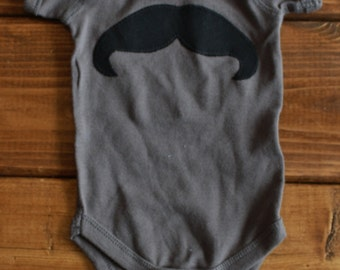 New Baby Gift, Baby Boy Clothes, Mustache Shirt, Baby Shower Gift, 1st Birthday Shirt, Ready to Ship, Going Home Outfit for New Baby