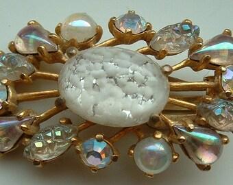 Amazing Vintage Elsa Schiaparelli Aurora Borealis Rhinestone Spray Earrings