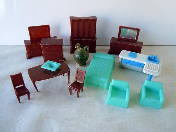 Vintage 1960 Plastic Turquoise And Brown Plastic By Recycledwares