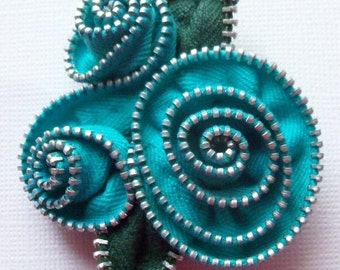 Turquoise Abstract Floral Brooch / Zipper Pin by ZipPinning 2897