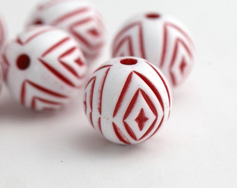 Vintage Red White Etched Lucite Round Beads 22mm (6)
