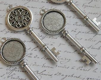 50 Vintage Style Key Pendant Trays 20mm Antique Silver
