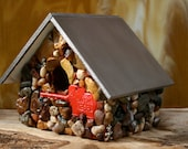 Mosaic Birdhouse Featuring Red Elephant Zoo Key and Colorful Stones with Brown Wood Roof