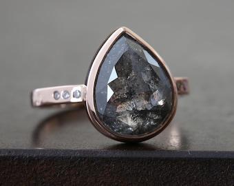 Natural Charcoal-Grey Rose Cut Diamond Ring