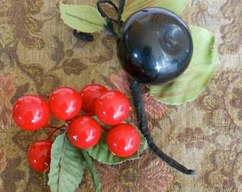 1940's Plum & Cherries