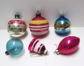 Christmas Ornaments Mercury Glass Hand Painted Stripes Glitter Pink Blue Tree Trim Vintage Christmas Ball Bell Shiny Brite Ornament Shapes
