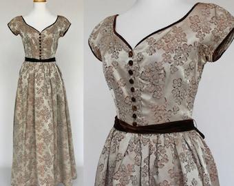 40's Brocade Gown / Gathered Skirt / Velvet Trim / Sweetheart Neckline / Brown Brocade Dress/ Kay Selig / XSmall