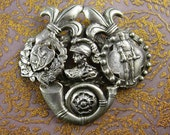 Antique Sash Pin * Silver fleur de lis * Knight in shining armror * Family crest * Medieval BIG PIN * renaissance revival * vintage heraldry