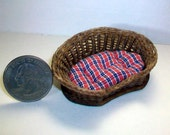 Miniature Woven Wicker Pet Bed (1 inch dollhouse scale)