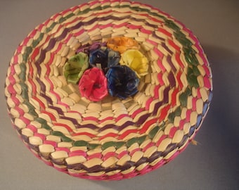 Vintage Mexico Basket  / Sewing Basket  / Woven Flowers   10 by 5 inches  Colorful