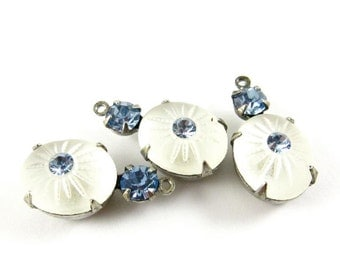 2 - Vintage Glass Stones in 1 Ring 2 Stones Silver Antique Brass Prong Settings - Frosted White & Light Sapphire - 19x10mm