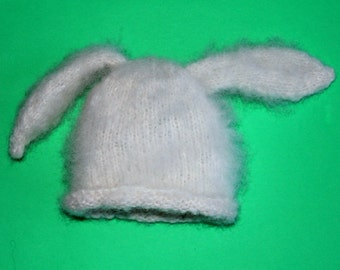 Knitting Pattern Baby Bunny Hat Size Newborn to Three Months