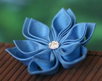 Blue flower brooch, silk pin, wedding, bridal, princess, sky, baby, light, cornflower, carolina, floral, Japanese, kanzashi, UK, handmade