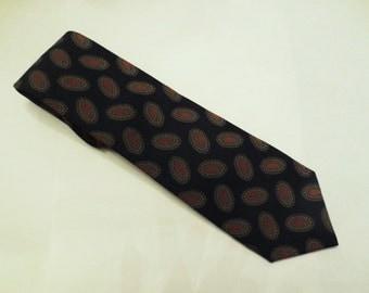 Vintage Necktie-Bonwit Teller Classic Foulard