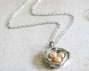 Peach Pearl Bird's Nest Necklace