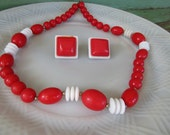Vintage Retro Red and White Beaded necklace earring set