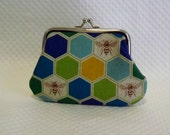 Coin purse kiss lock change purse brown honey bee on blue green honeycomb cute bee coin pouch
