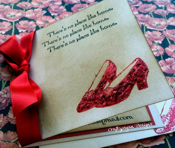 50 Wizard of Oz Invitations/ Vintage Style with Glitter and Envelope/ 4 x 4 Size/ Personalized/ Ribbon Choice