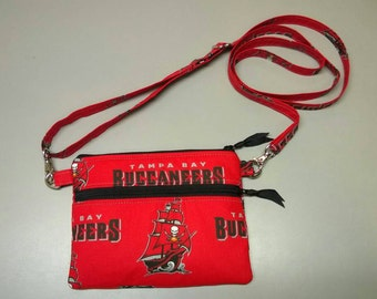 Tampa Bay Buccanneers cross body purse