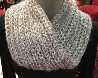 Chunky Brioche Cowl (with a Moebius Twist) Pattern