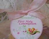 Favor Tags for First Holy Communion // Baptism Tags //  Custom Catholic Favor Tags // For Cake Pops // Cookies // Girl - 2 inch // 50 tags