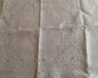 1950's White Bridge/Tea Tablecloth