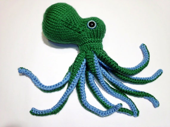 hand knit octopus #95