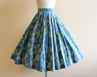 50s Skirt - Vintage 1950s Skirt - Atomic Print Blue Chartreuse Novelty Cotton Art Skirt XS S - Speeding Ticket