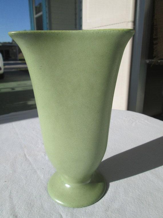 Vintage Catalina Island Pottery Arts Crafts Fan Vase Matte