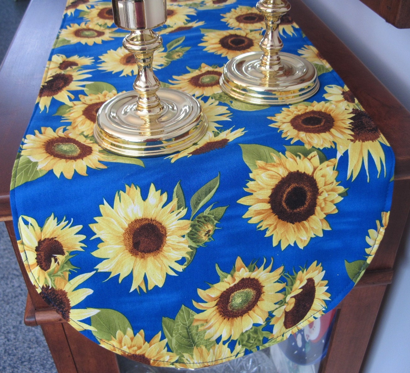 blue sunflower table runner 36 inch table runner vibrant. Black Bedroom Furniture Sets. Home Design Ideas