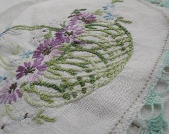 """Vintage Table Runner Embroidered Flower Basket 30"""" X 15"""""""