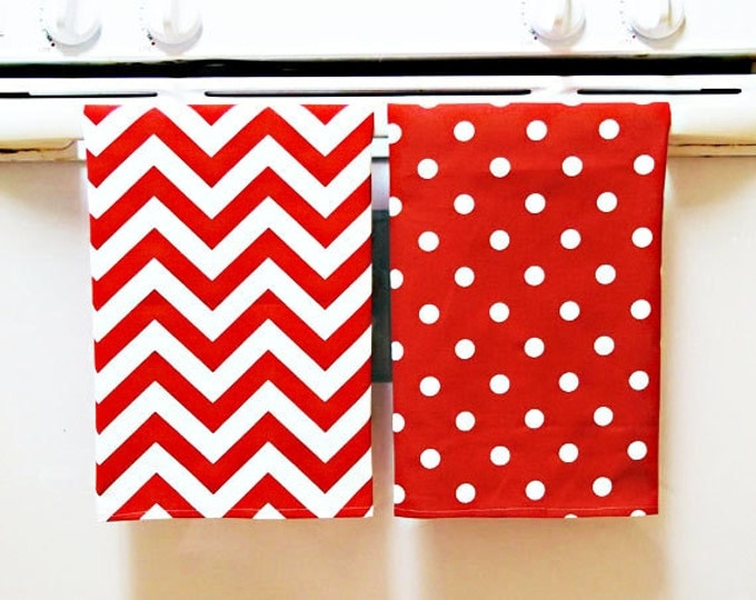 Teacher Gift - Valentine Decor - 2 Bright Tea Towels - Hostess Gift - Hot Pink Chevron Pattern - Kitchen Towels - Home Decor - Dish Towels